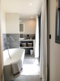 Annecy Luxury Rental Villa Bowanite Bathroom