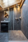 butterfly-bathroom-9452