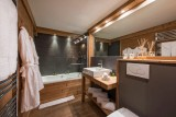 Chamonix Luxury Rental Chalet Coquelois Bathroom