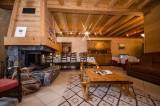 Chamonix Luxury Rental Chalet Corundite Linving Area