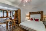 Courchevel 1300 Luxury Rental Chalet Nieruole Bedroom 2