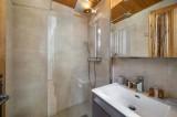 Courchevel 1300 Luxury Rental Chalet Nieruole Bathroom