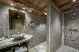 Courchevel 1300 Luxury Rental Chalet Noubate Bathroom 4