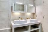 Courchevel 1550 Luxury Rental Appartment Telamite Bathroom