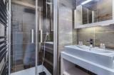 Courchevel 1550 Luxury Rental Appartment Telekia Bathroom 2
