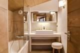 Courchevel 1550 Luxury Rental Appartment Telomite Bathroom