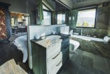 Courchevel 1550 Luxury Rental Chalet Niibite Bathroom