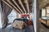 Courchevel 1550 Luxury Rental Chalet Niobite Bedroom 3