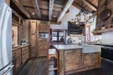 Courchevel 1550 Luxury Rental Chalet Niobite Kitchen
