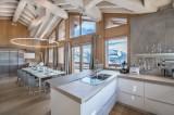 Courchevel 1550 Luxury Rental Chalet Niubite Kitchen