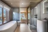 Courchevel 1550 Luxury Rental Chalet Niubite Bathroom
