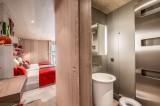 Courchevel 1550 Luxury Rental Chalet Niubite Bathroom 2