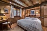 Courchevel 1550 Luxury Rental Chalet Niuréole Bedroom