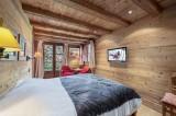 Courchevel 1550 Luxury Rental Chalet Niuréole Bedroom 3