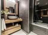 Courchevel 1650 Luxury Rental Appartment Alsola Bathroom