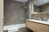 Courchevel 1650 Luxury Rental Appartment Altanto Bathroom 3