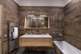 Courchevel 1650 Luxury Rental Appartment Amerile Bathroom 2