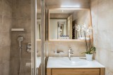Courchevel 1650 Luxury Rental Appartment Amurile Bathroom