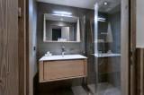 Courchevel 1650 Luxury Rental Appartment Angelite Bathroom 3