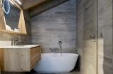 Courchevel 1650 Luxury Rental Appartment Angelite Bathroom 6