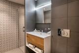 Courchevel 1650 Luxury Rental Appartment Aurelite Bathroom 2