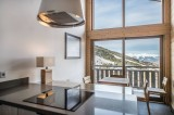 Courchevel 1650 Luxury Rental Appartment Temagamite Kitchen