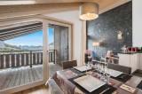 Courchevel 1650 Luxury Rental Appartment Tengerite Dining Room 2