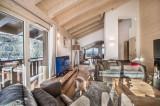 Courchevel 1650 Luxury Rental Appartment Tengerite Living Room 3