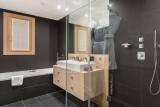 Courchevel 1650 Luxury Rental Chalet Nexilovite Bathroom 4