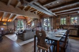 Courchevel 1850 Luxury Rental Appartment Bapilite Dining Room