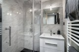 Courchevel 1850 Luxury Rental Appartment Fraisia Bathroom