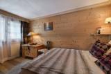 Courchevel 1850 Luxury Rental Appartment Tavorite Bedroom 2