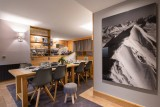 Courchevel 1850 Luxury Rental Appartment Vizrine Dining Room 2