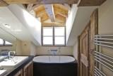 Courchevel 1850 Luxury Rental Chalet Cesarolite Bathroom 2