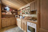 Courchevel 1850 Luxury Rental Chalet Cinnamon Kitchen