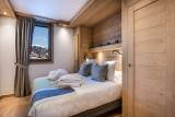 La Tania Luxury Rental Chalet Alte Bedroom