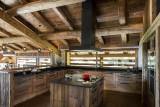 Le Grand Bornand Location Chalet Luxe Leonute Cuisine