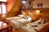 Les Deux Alpes Location Chalet Luxe Cervantyte Chambre 2