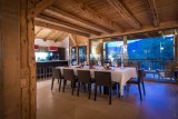 Les Gets Location Chalet Luxe Geigerite Table A Manger