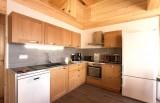 Les Menuires Luxury Rental Chalet Mizzanite Kitchen