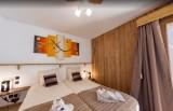Les Menuires Luxury Rental Chalet Lalinaire Bedroom