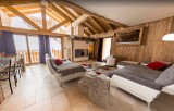 Les Menuires Luxury Rental Chalet Lalinaire Living Area