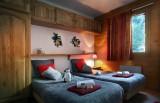 Les Menuires Luxury Rental Chalet Lautite Bedroom