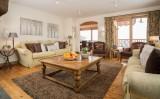 livingroom-9519