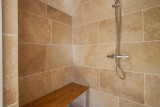 Luberon Luxury Rental Villa Leucon Bathroom 3