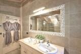Morzine Luxury Rental Chalet Merlinate Bathroom 2