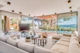 Saint Tropez Luxury Rental Villa Saxifrage Living Room