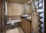 Tignes Rental Apartment Luxury Micaty Bathroom