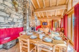 Tignes Location Chalet Luxe Gikite Table A Manger