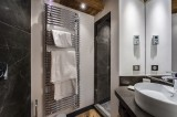 Val d'Isère Luxury Rental Appartment Aramias Bathroom